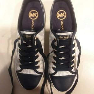 Michael Kors blue & white leather shoes